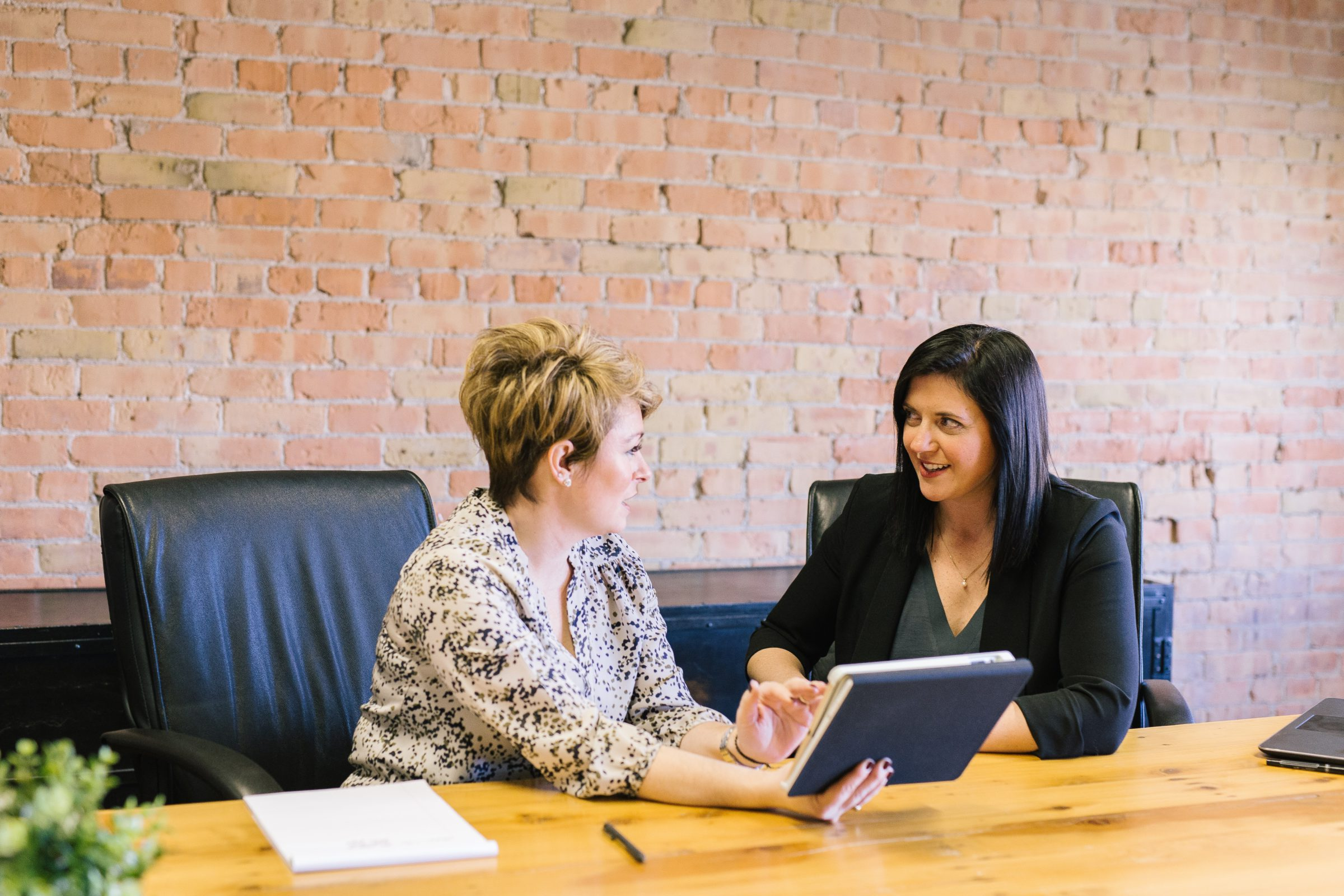 How to Retain Good Payroll Staff